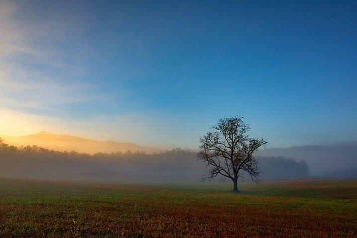 Paisaje en amanecer con filtro polarizador